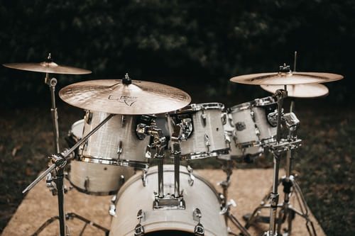 Acoustic Vs. Electronic Drums: What's Right for YOU?