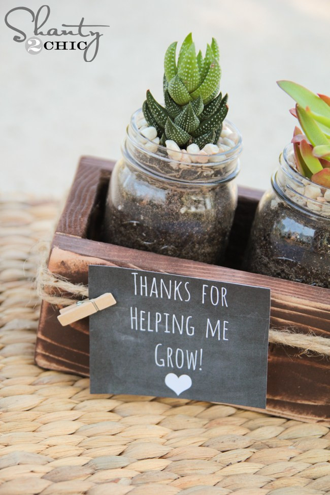 christmas gifts, gift ideas for him,gift ideas for women, diy photo booth, gift voucher, massage voucher diy mason jar plant
