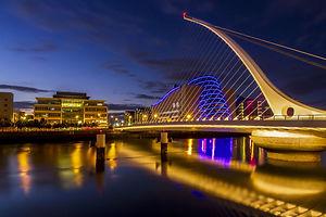 the harp bridge Dublin city.jpg