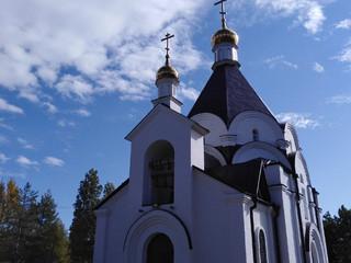 Богослужения в неделю 17-ю по Пятидесятнице, отдание праздника Воздвижения Животворящего Креста.