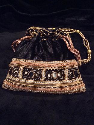 Hand Embroidered Batuwa