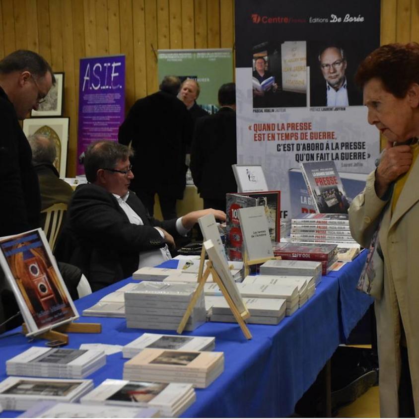 Salon du livre d'histoire de Bourges