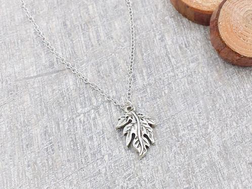 Antique silver oak leaf pendant necklace mysite antique silver oak leaf pendant necklace mozeypictures Choice Image