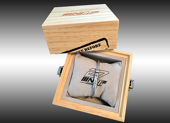 Pack coffret + bracelet MACH 2 NICOLAS IVANOFF Edition