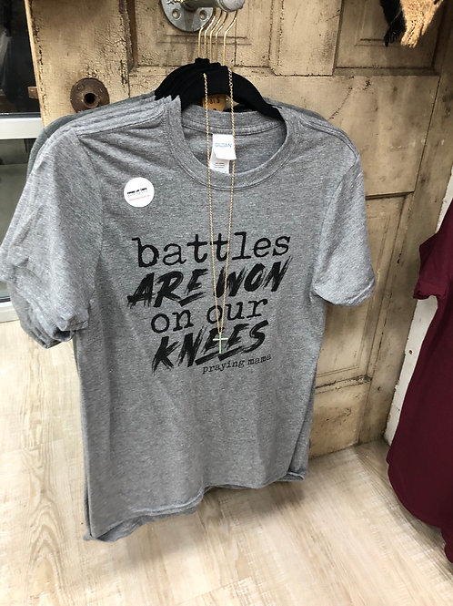 Praying Mama-Battles-T-shirt