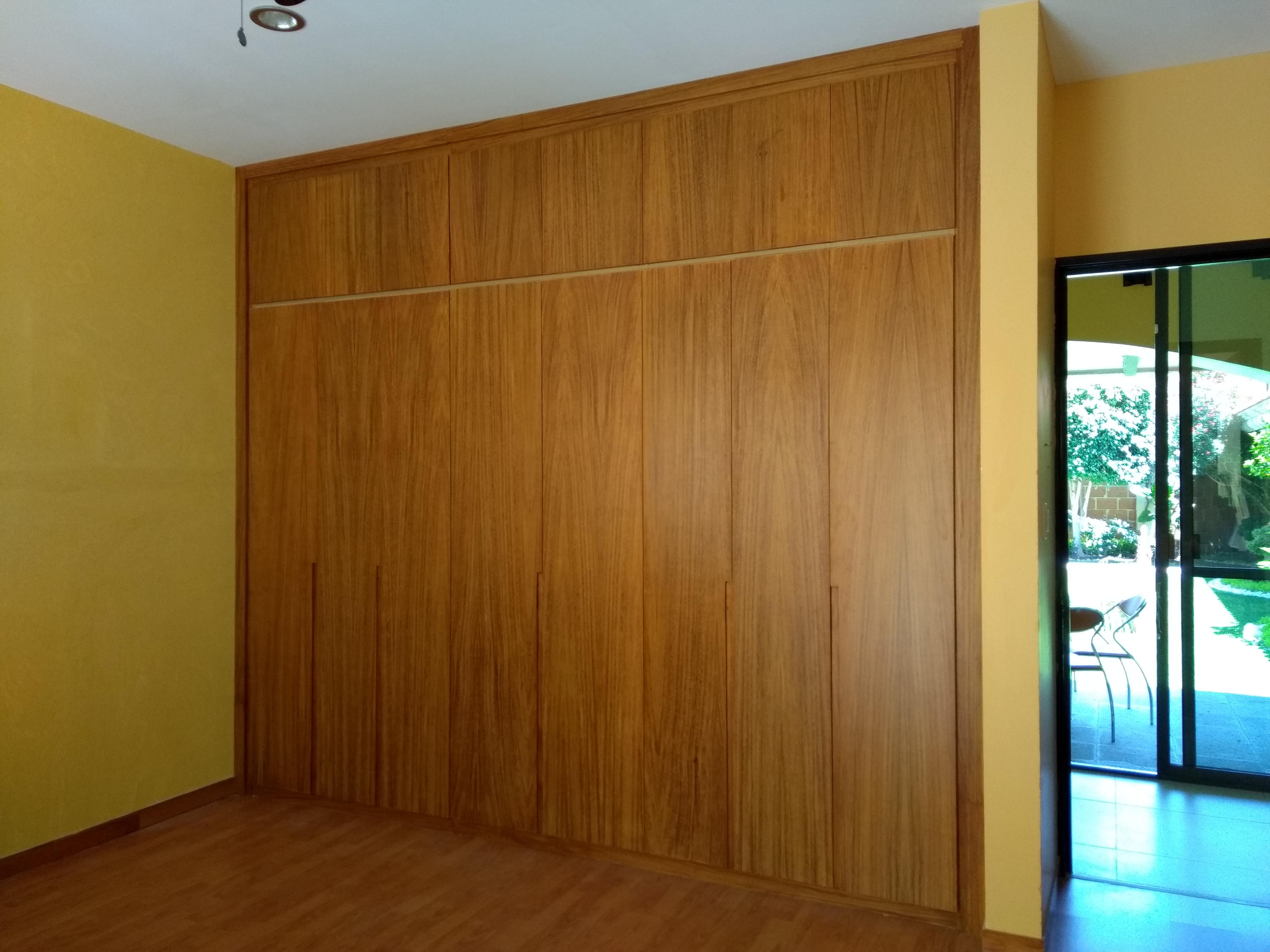 closet parota (recidencial)