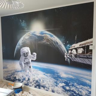 Butterworth decorators spaceman wallpape
