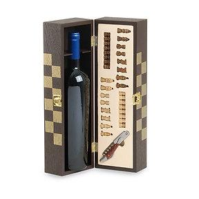 Schach mit individueller Weinflasche