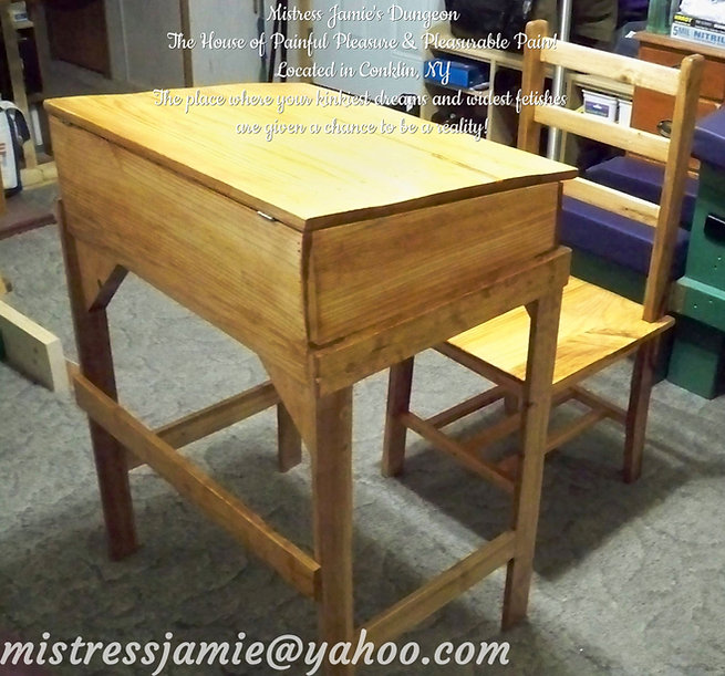 Two Piece Desk & Chair Set 04a.jpg