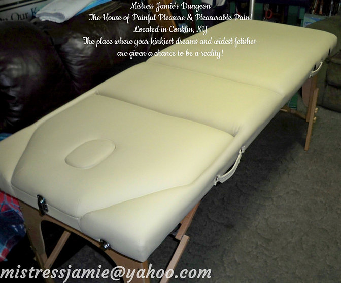 Massage Table 01c.jpg