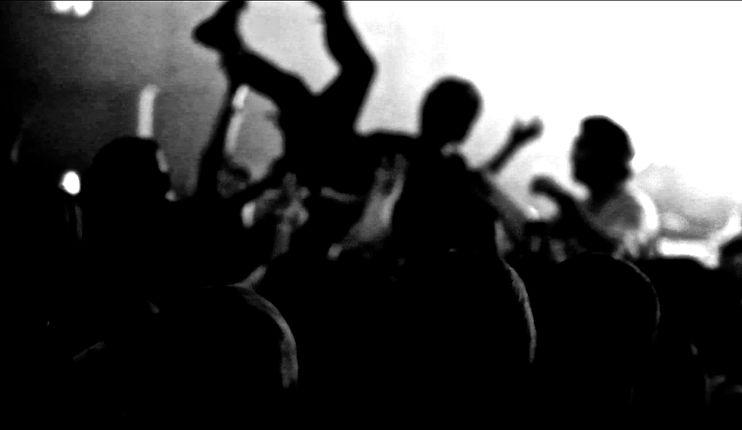 Crowd Surfing 3.jpg