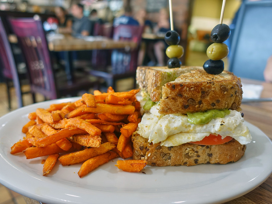 Lunch-Comfi-Restaurant-Belmar-NJ