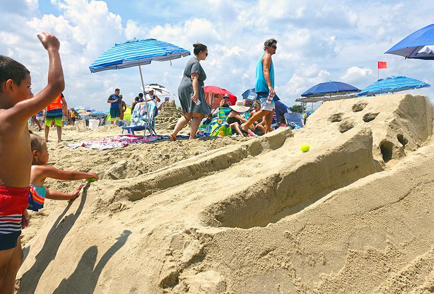 SkeeBall-NJ-Sandcastle-Contest-Belmar-Beach