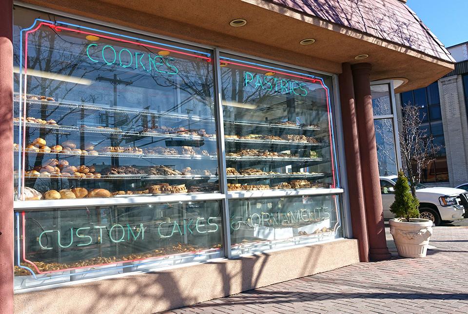 Del Ponte's Bakery Biscotti