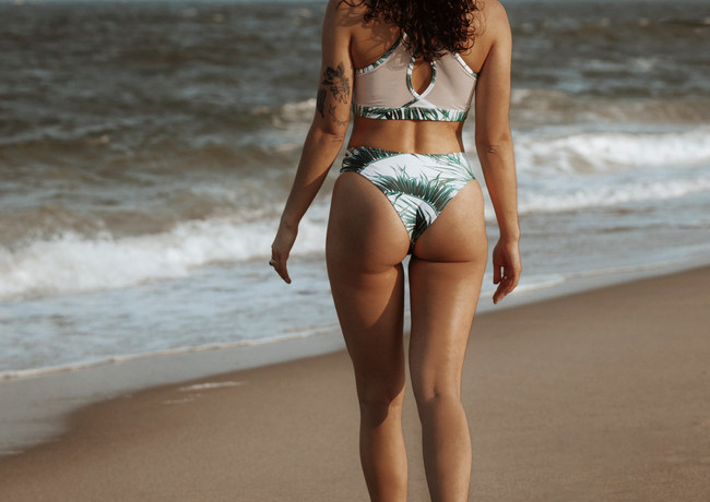 Laguna Lane | Malibu mid-rise cheey swim Bottom in palm leaf print