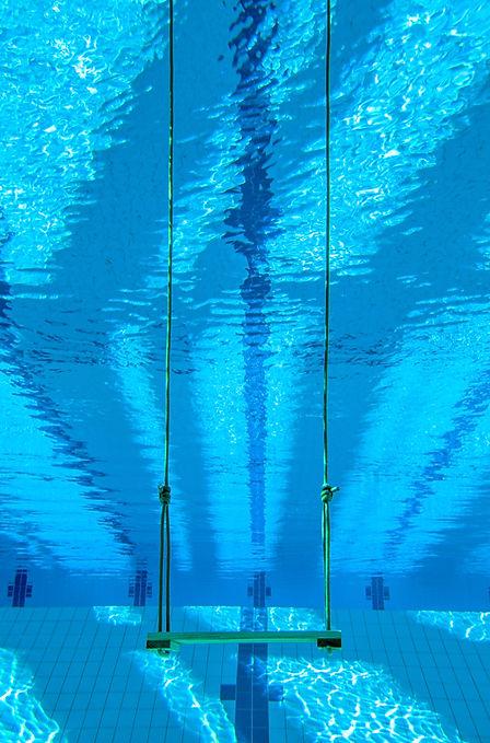 Schwimmbad_KLEINWEB.jpg