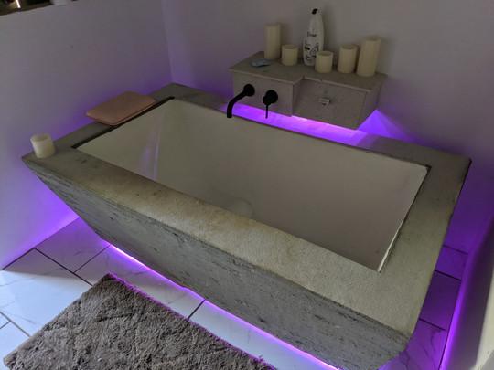 100% Customized Bathtub With Lighting