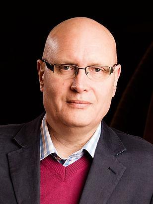 General Director Alex Reedijk. Scottish