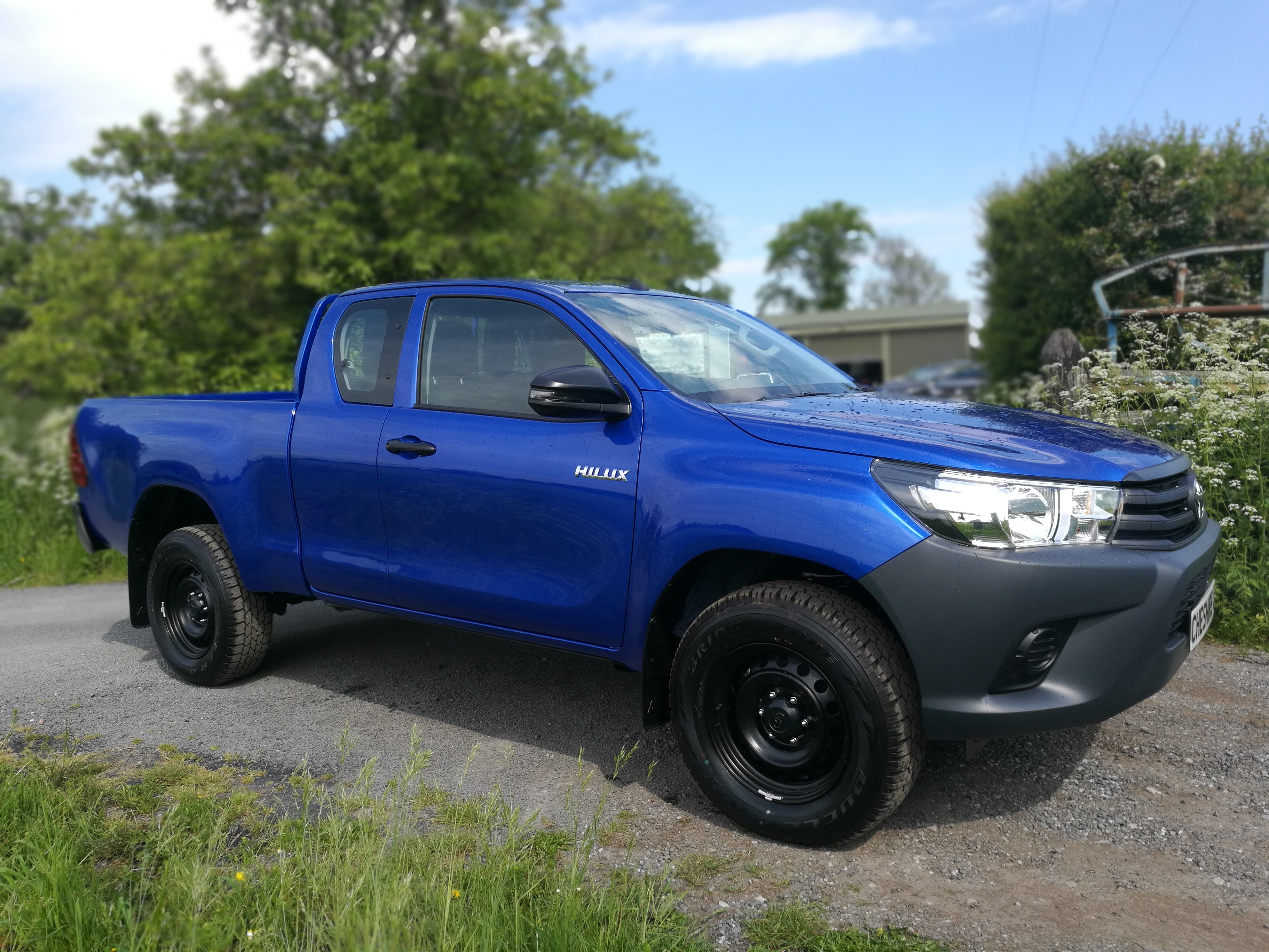 19 Hilux Blue Extra (2)