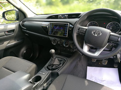 19 Hilux Blue Extra (6)
