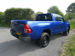 19 Hilux Blue Extra (5)
