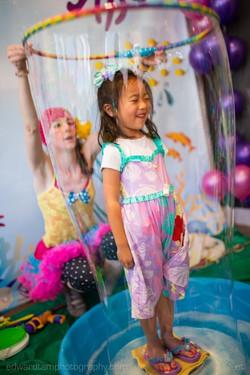 2013_06_18.Abigail.Nurmin.Birthday.18-532x800bigbubble.jpg