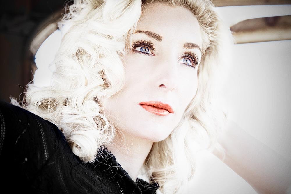W2-Christina-car-eyelashes-after.jpg