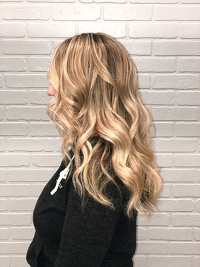 warm blonde balyage, babylights and root smudge
