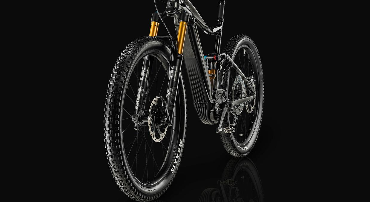Bike22755_cerna.jpg
