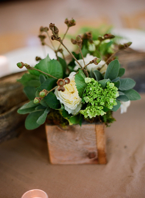 White and Green Flower Arrangement in a Wooden Box with Tall, Wild Acorns