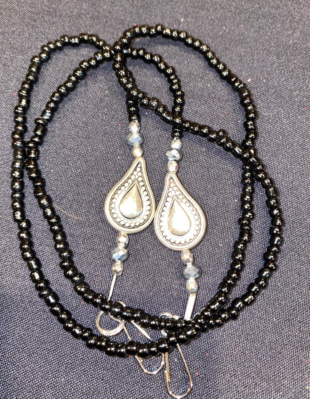 lanyard blk beads tear drop