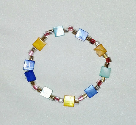 Beautiful Mother of Pearl Beaded Bracelet