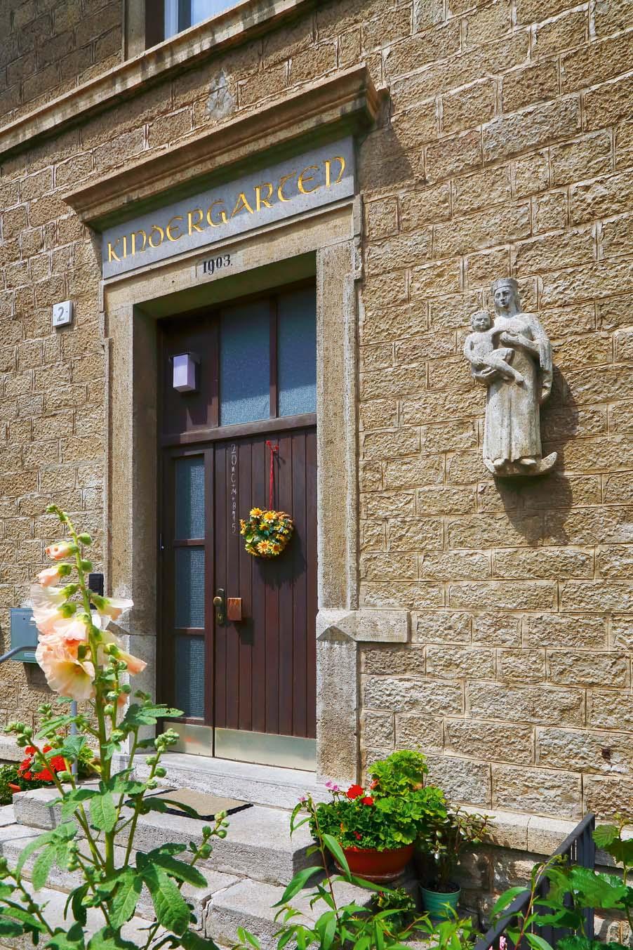 Eingang Schwesternhaus/Kindergarten