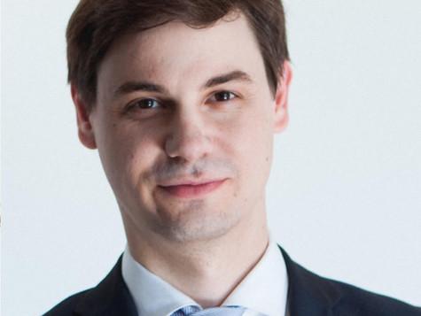 À la découverte de de nos Artistes: Le Brillant Pianiste Michel-Alexandre Broekaert!