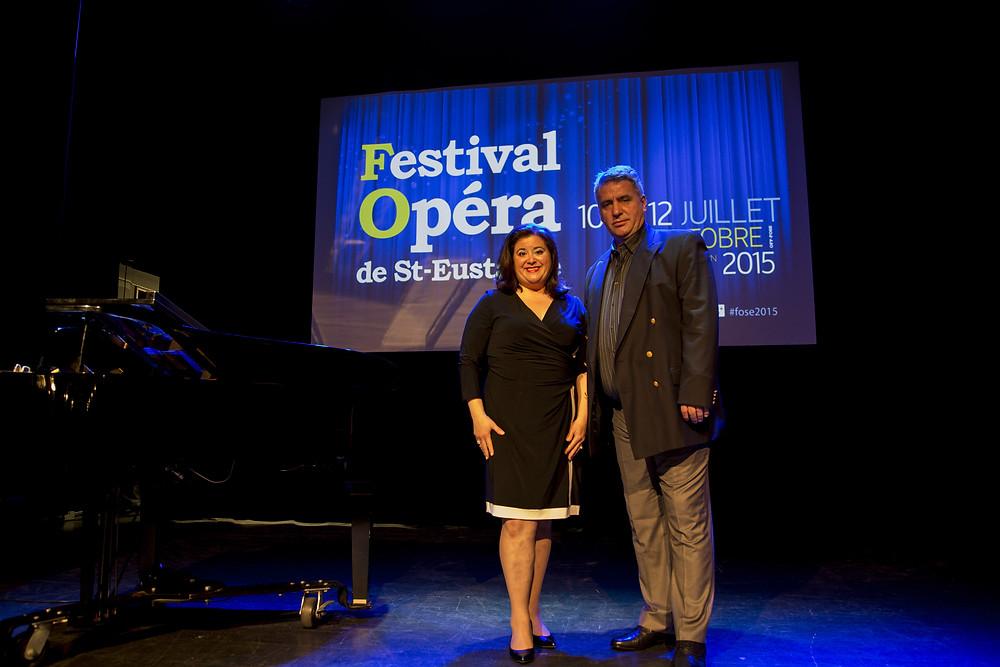 Les organisateurs du FestivalOpéra vous attendent nombreux à cette 6e édition! De gaucge à droite: Mme Leila Chalfoun et M. Meti Jori