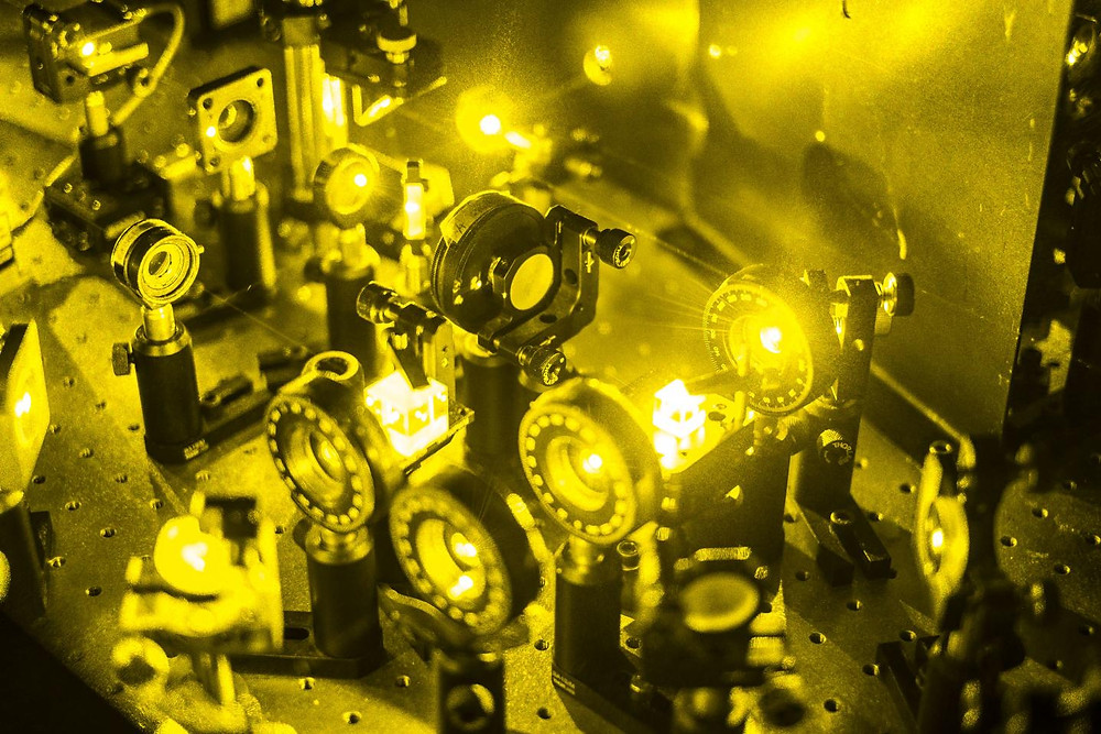 Researchers can generate perfectly random numbers by using the quantum properties of light. © Thomas Le Provost