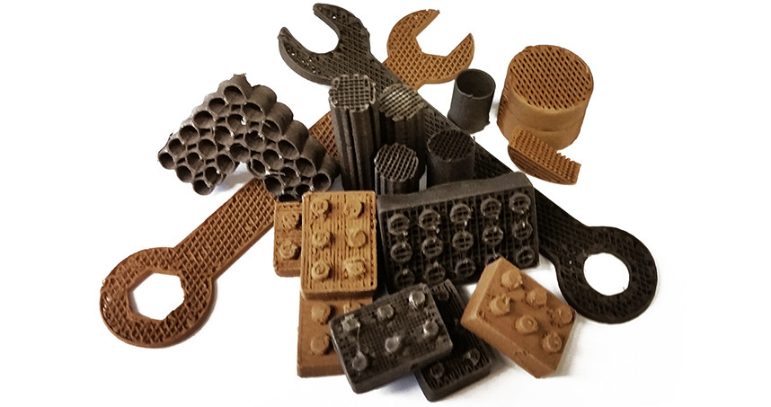 Tools and building blocks made by 3D printing with lunar and martian dust