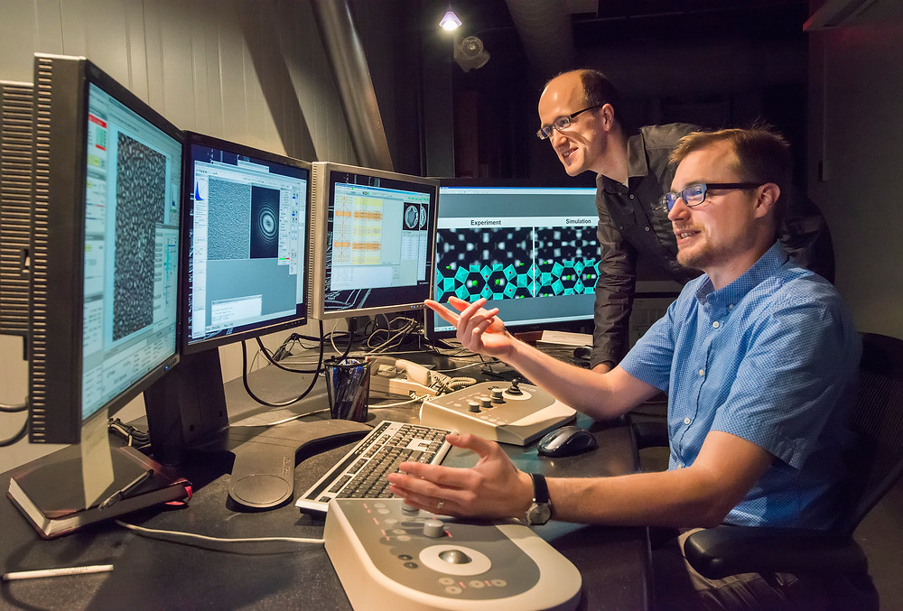 Jim Ciston and Colin Ophus at Berkeley Lab's TEAM 1.0, the world's most powerful electron microscope. (Photo by Roy Kaltschmidt)