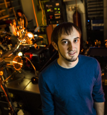 This is Vedran Jelic, PhD student at the University of Alberta and lead author on a new paper pioneering microscopy at terahertz frequencies. @ Photo by John Ulan for the University of Alberta.
