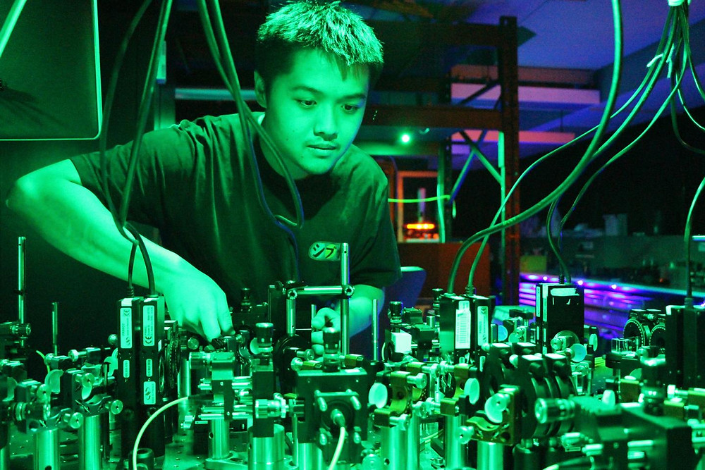 This image shows the Quantum Optics and Information Lab, Joseph Ho. @ Griffith University