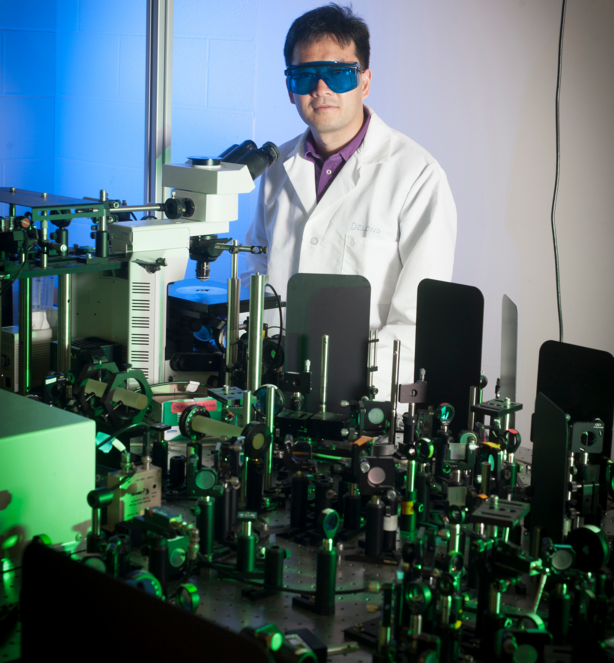 Ji-Xin Cheng leads a Purdue team demonstrating a new imaging technology developed with a $1 million W.M. Keck Foundation grant. The technology could bring advanced medical diagnostics. (Vincent Walter/Purdue University image)