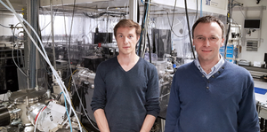 Yoann Pertot and Hans Jakob Wörner from ETH Zurich have found a way to study ultrafast molecular processes in the laboratory, using a soft X-ray source. (Photo: ETH Zurich / Florian Meyer)