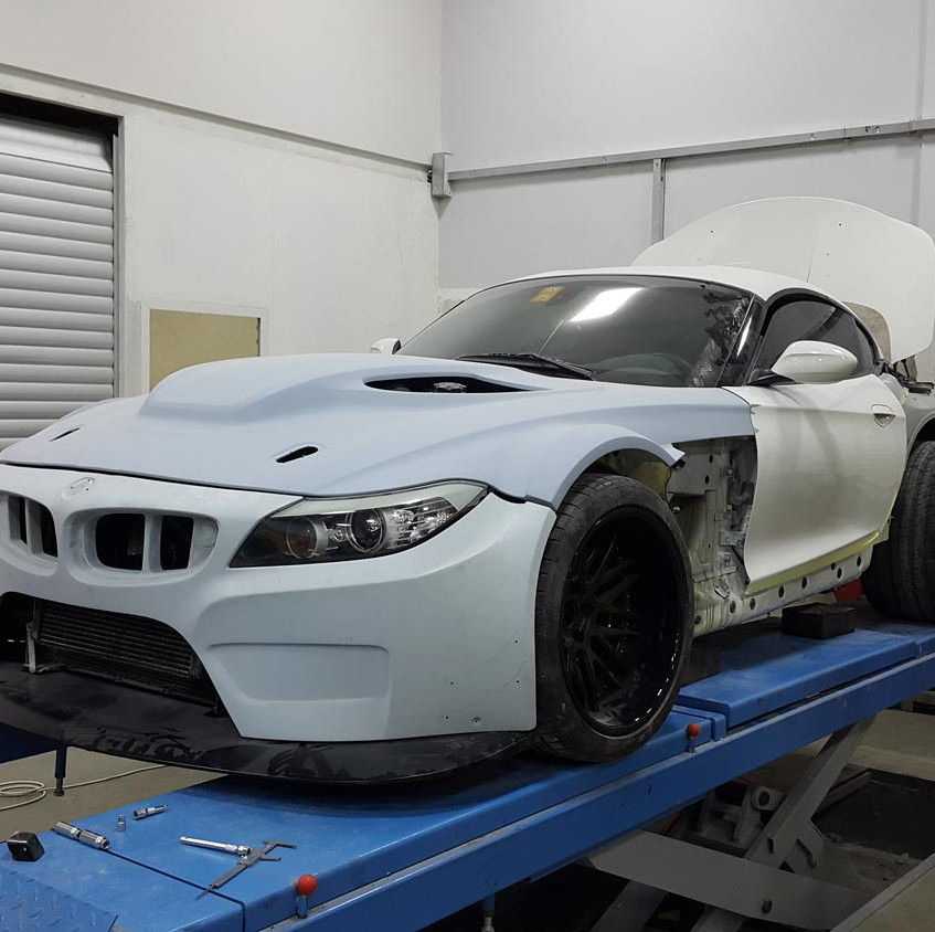 BMW-Z4-GT3-V10-8