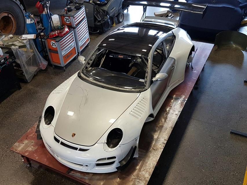 Porsche GT3R Top Front