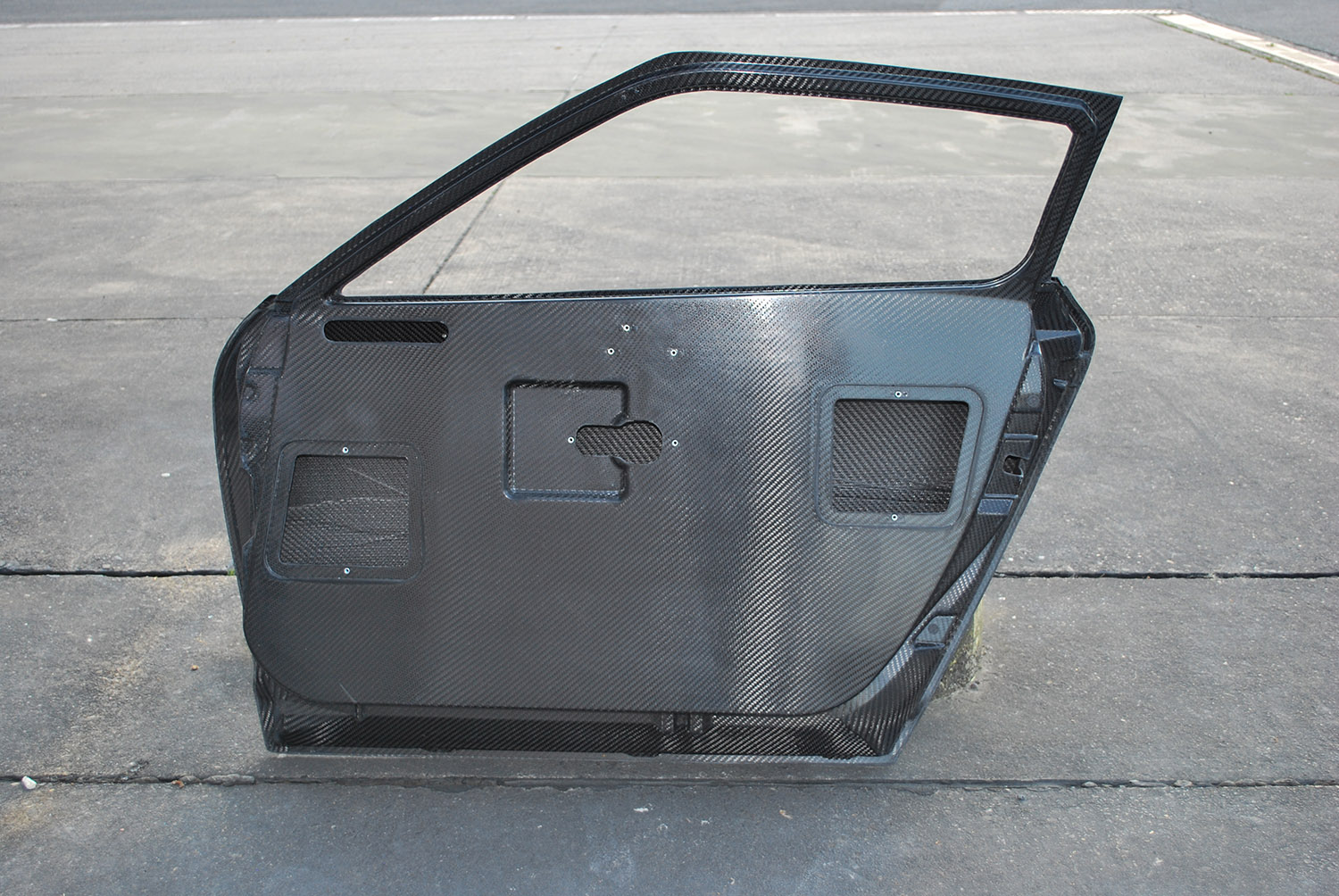 Nissan GTR GT3 Carbon_Door