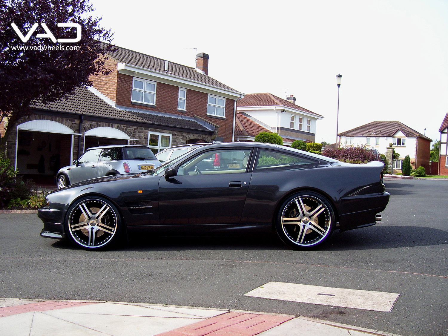 Astom Martin Virage Vantage Fitted With 21'' Alstadt S250