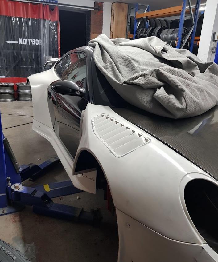 Speedwells_ Porsche 997 Turbo Front Fender GT3R Mock Up