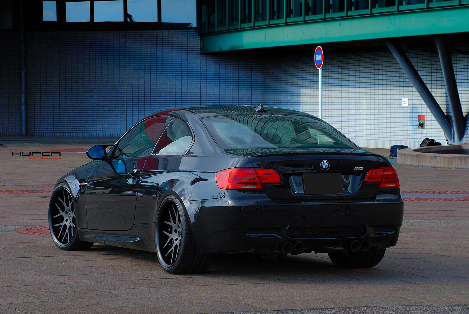 BMW E46 M3 fitted with 20'' HFC7