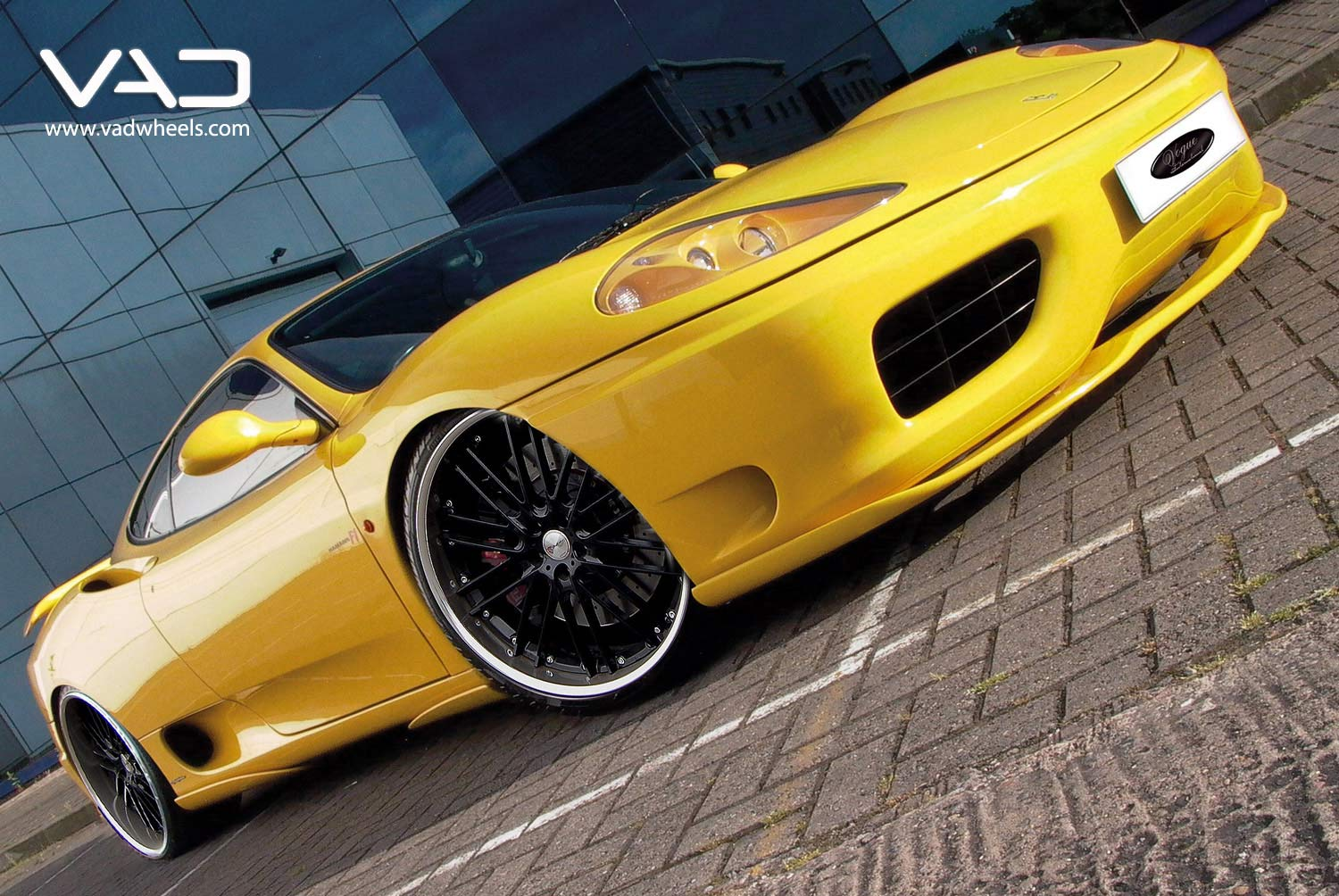 Ferrari-F360-Fitted-With-20''-Trafficstar-RTM