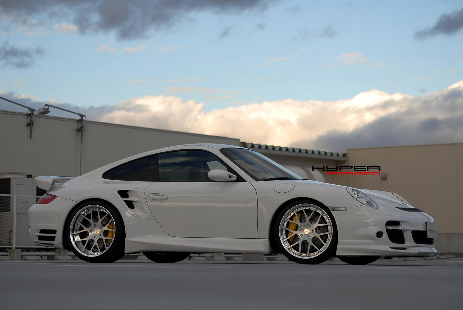 Porsche 997 Turbo Fitted With 20'' HFC7 Polished